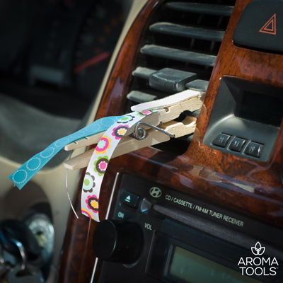 Do auta dali štipec a pripevnili ho na vetranie. Tento trik pomôže aj vám a ušetrí peniaze